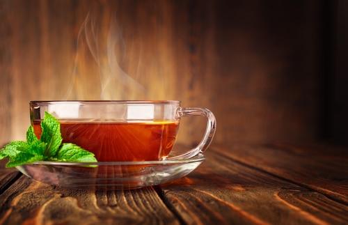Tee schmeckt nicht nur gut sondern macht auch schön